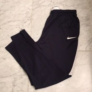 NWOT Nike dry-fit active pants in XL